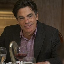 Peter Gallagher in una scena dell'episodio Wish You Were Here di Californication