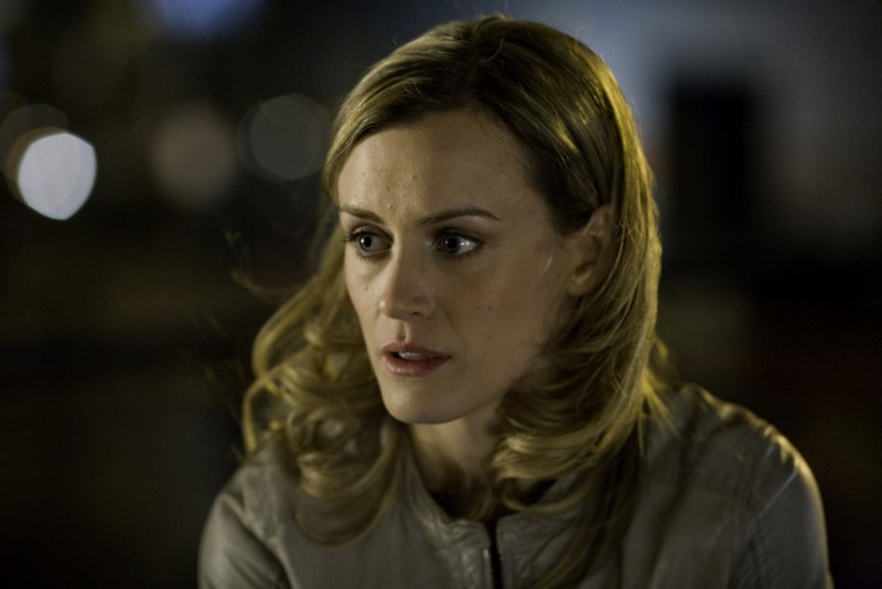 Taylor Schilling In Una Scena Dell Episodio Can We Get That Drink Now Della Serie Mercy 132348