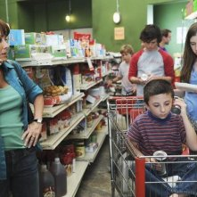 Eden Sher, Atticus Shafer, Patricia Heaton e Charlie McDermott nell'episodio The Cheerleader della serie The Middle