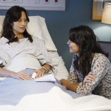 Joey Honsa ed Alexie Gilmore in una scena dell'episodio Right Here, Right Now della serie Private Practice