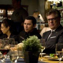 Justin Louis e Christopher McDonald in un momento delle premiere di Stargate Universe
