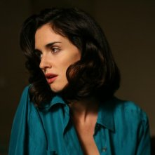 Paz Vega in una scena del film Triage
