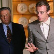 Renato Pozzetto e Filippo Nigro in una scena del film Oggi Sposi