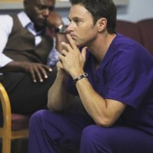 Timothy Daly e Taye Diggs in una scena dell'episodio A Death in the Family di Private Practice