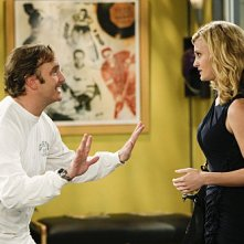 Jay Mohr e Brooke D'Orsay in una scena dell'episodio Gary Has a Dream di Provaci ancora Gary