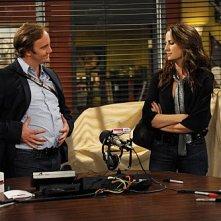 Jay Mohr e Paula Marshall in una scena dell'episodio Gary's Demo di Provaci ancora Gary