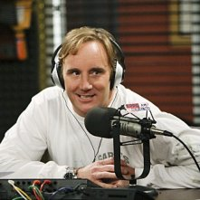 Jay Mohr in una scena dell'episodio Gary Has a Dream di Provaci ancora Gary