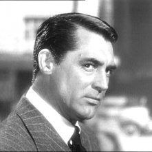 Cary Grant in una scena del film Notorious - L\'amante perduta del \'46