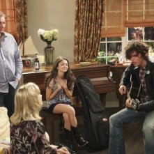 Sarah Hyland e Reid Ewing in un momento dell'episodio The Incident della serie Modern Family