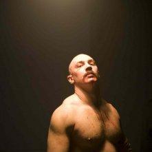 Tom Hardy in una foto promozionale del film Bronson