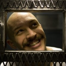 Tom Hardy in una scena di Bronson