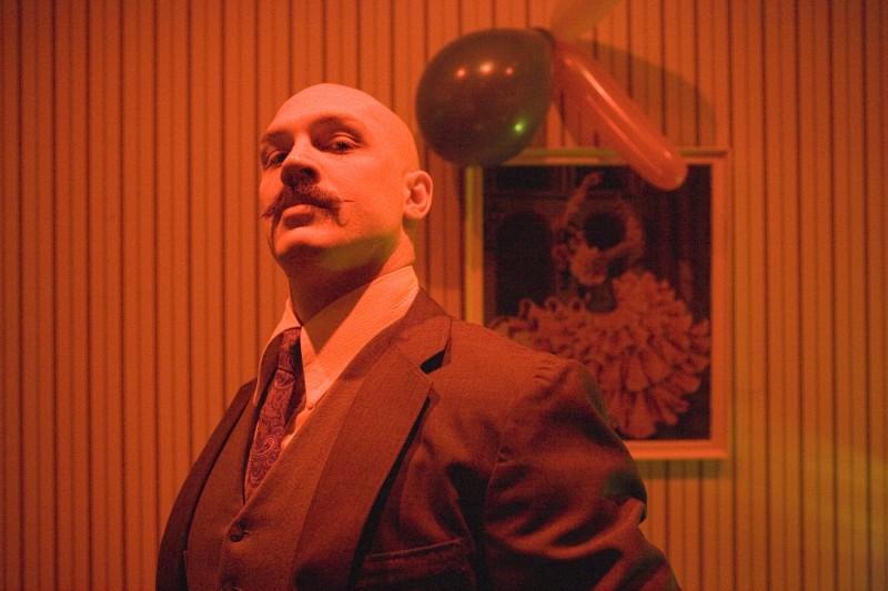 Tom Hardy Interpreta Charles Bronson Nel Film Bronson Diretto Da Nicolas Winding Refn 133351