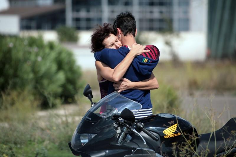 Giulio Beranek Abbraccia Anna Ferruzzo In Una Scena Del Film Marpiccolo 133532