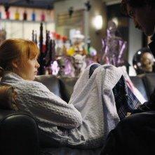 Molly C. Quinn in una scena dell'episodio Vampire Weekend della serie Castle