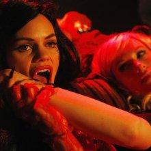 Samantha Shelton in una scena dell'episodio Vampire Weekend della serie Castle