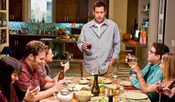 Seth Rogen, Adam Sandler e Jonah Hill in una scena del film Funny People