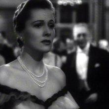 Joan Fontaine in una scena del film Il sospetto ( 1941 ) di Alfred Hitchock