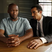 Mahershalalhashbaz Ali e J. Paul Nicholas in una scena dell'episodio Unstable di Law & Order: SVU