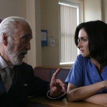 Christopher Lee e Paz Vega in una scena del film Triage