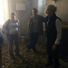 Bill Milner, Kelly Macdonald, John Simm ed AJ Jankel sul set di Skellig
