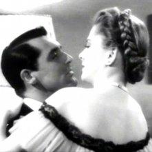 Cary Grant e Joan Fontaine sono i protagonisti del film Il sospetto ( 1941 )