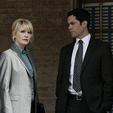 Cold Case: Kathryn Morris e Danny Pino nell'episodio The Long Blue Line