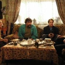 Aleksei Guskov e Dmitri Nazarov in una scena del film Il concerto