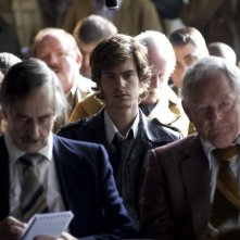 Andrew Garfield in una scena del film Red Riding: 1983