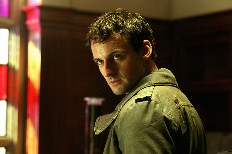 Callum Blue In Una Scena Dell Episodio Savior Di Smallville 130454