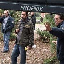 Edward James Olmos sul set del film TV Battlestar Galactica: The Plan