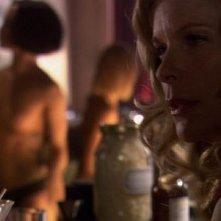 Kate Vernon in una scena del film TV Battlestar Galactica: The Plan