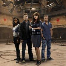 Una foto promozionale del cast della stagione 2 di Sanctuary