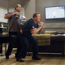 Modern Family: Ed O'Neill ed Eric Stonestreet nell'episodio Coal Digger