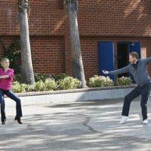 Modern Family: Jesse Tyler Ferguson e Julie Bowen nell'episodio En Garde
