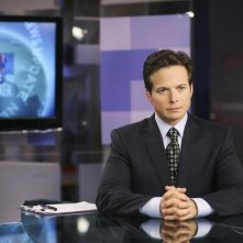 V: Scott Wolf nell'episodio There Is No Normal Anymore