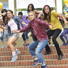 Greek: Amber Stevens, Spencer Grammer, Dilshad Vadsaria ed Olesya Rulin nell'episodio Friend or Foe