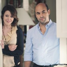 Cougar Town: Christa Miller ed Ian Gomez nell'episodio Here Comes My Girl