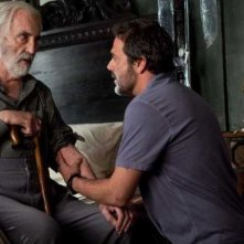 Jeffrey Dean Morgan a confronto col maestro dell'orrore Christopher Lee in The Resident