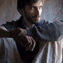 Matteo Azchirvani sul set di Nassiryia per non dimenticare (cr: Michela Alessia Marcato)
