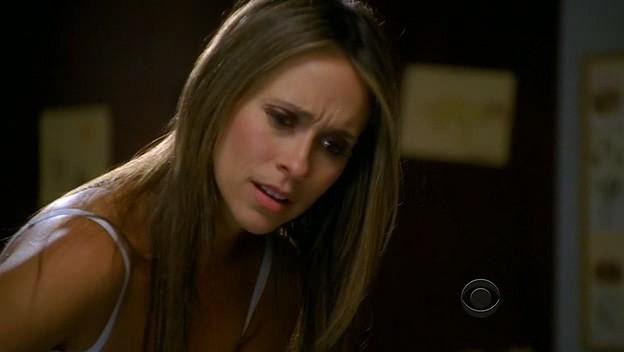 Ghost Whisperer Jennifer Love Hewitt In Una Scena Di Cause For Alarm Episodio Della Stagione 5 136624
