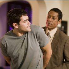 Jesse Metcalfe in una scena drammatica di Un alibi perfetto, di Peter Hyams