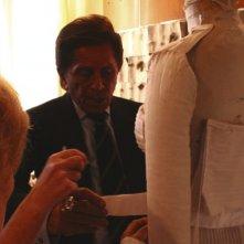 Lo stilista Valentino in una scena del documentario Valentino: L'ultimo imperatore, di Matt Tyrnauer