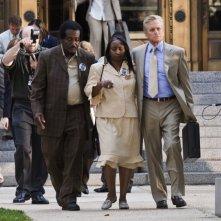 Michael Douglas in una scena del film Un alibi perfetto.