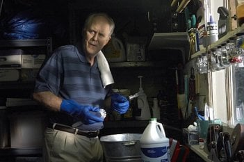Dexter: John Lithgow nell'episodio If I Had a Hammer