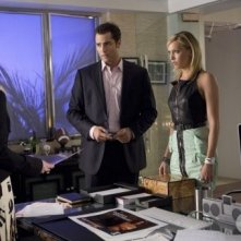 Melrose Place: Heather Locklear, Victor Webster e Katie Cassidy nell'episodio Cahuenga
