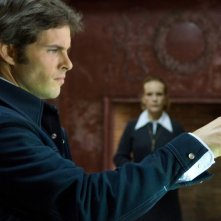 James Marsden e Deborah Rush in una drammatica scena di The Box, di Richard Kelly
