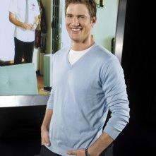 Ryan McPartlin in una foto promozionale della serie tv Chuck