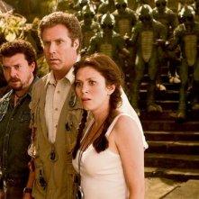 Will Ferrell, Anna Friel e Danny McBride in una scena del film Land of the Lost