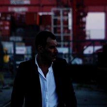 Enzo Motta in una scena del docudrama La bocca del lupo