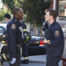 Trauma: Derek Luke e Kevin Rankin in una scena dell'episodio Home Court